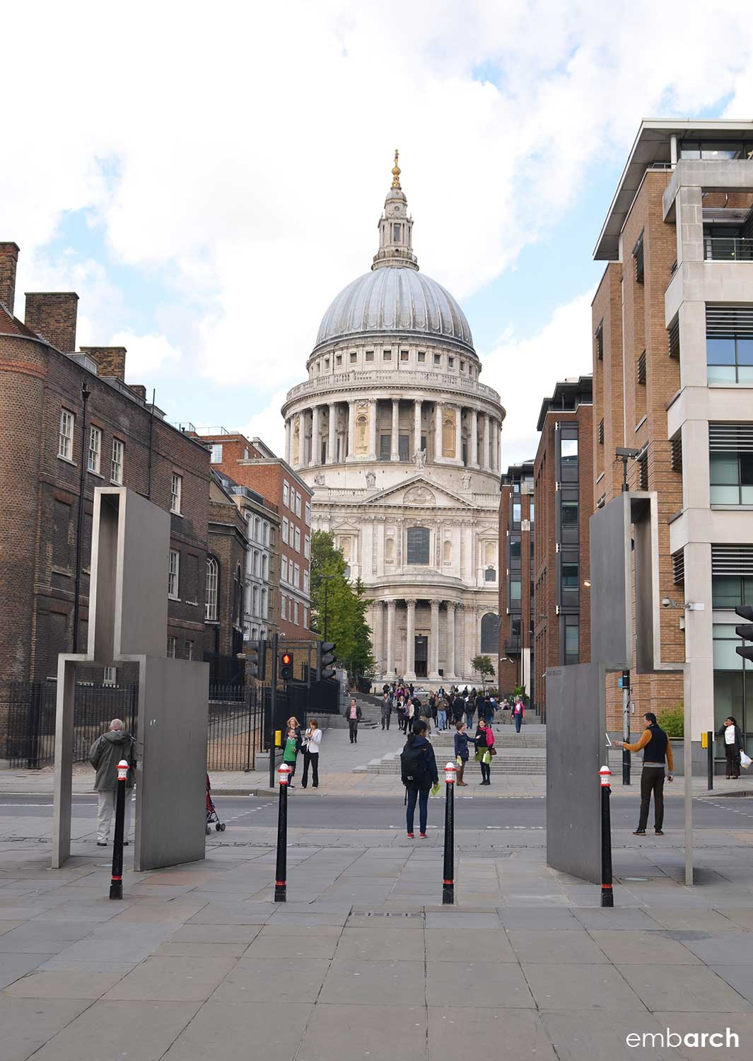 St. Paul's Cathedral - exterior view from Millennium Bridge