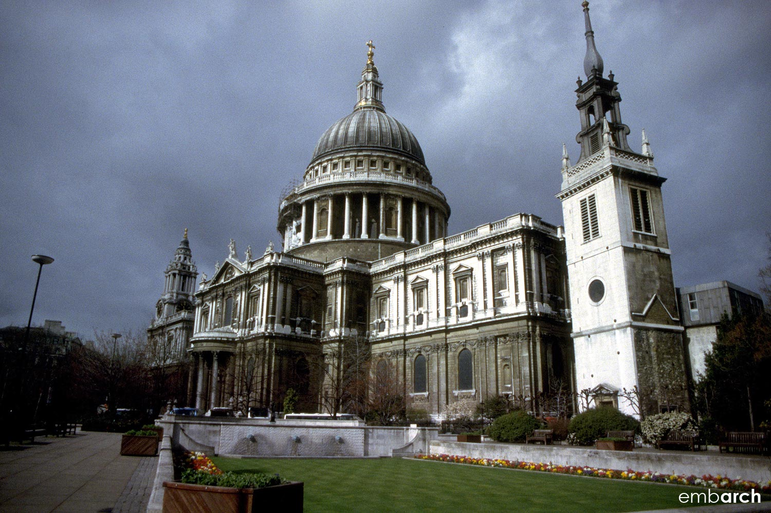 St. Paul's Cathedral - exterior south elevation