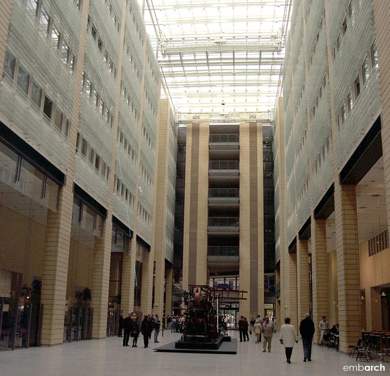 Potsdamer Platz - atrium courtyard