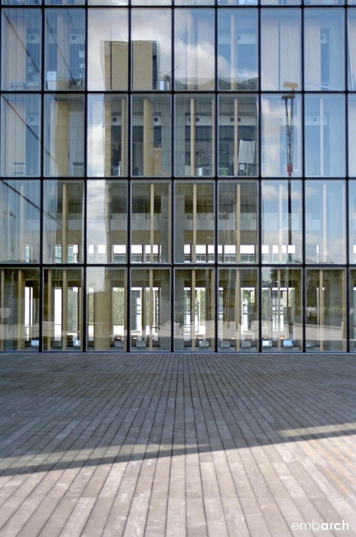 Bibliotheque Nationale - facade detail