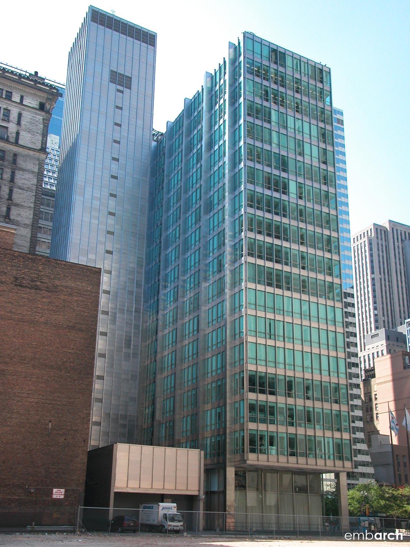 Inland Steel Building - building exterior