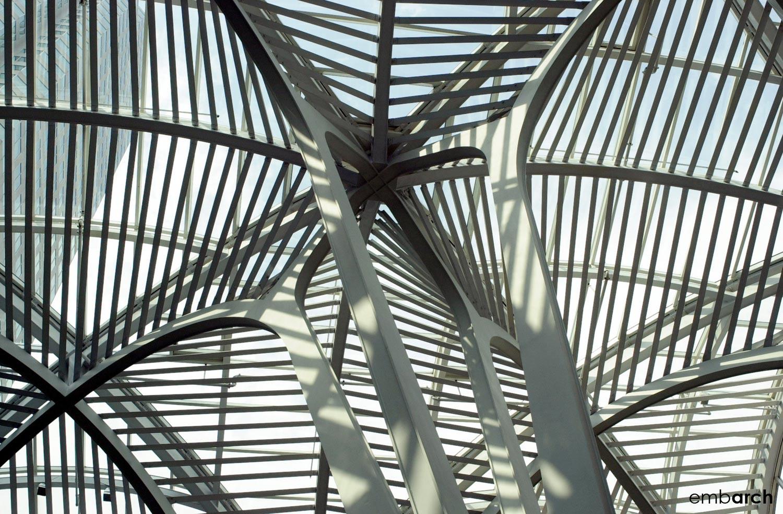 Allen Lambert Galleria - interior columns detail