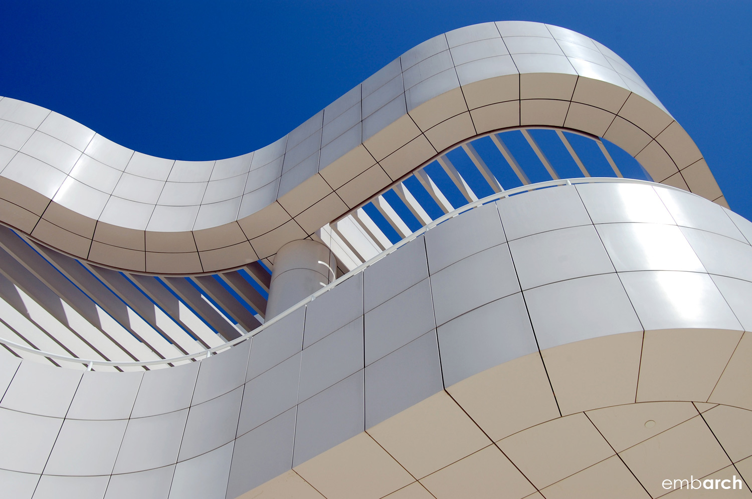 Getty Center - exterior curved wall panel detail