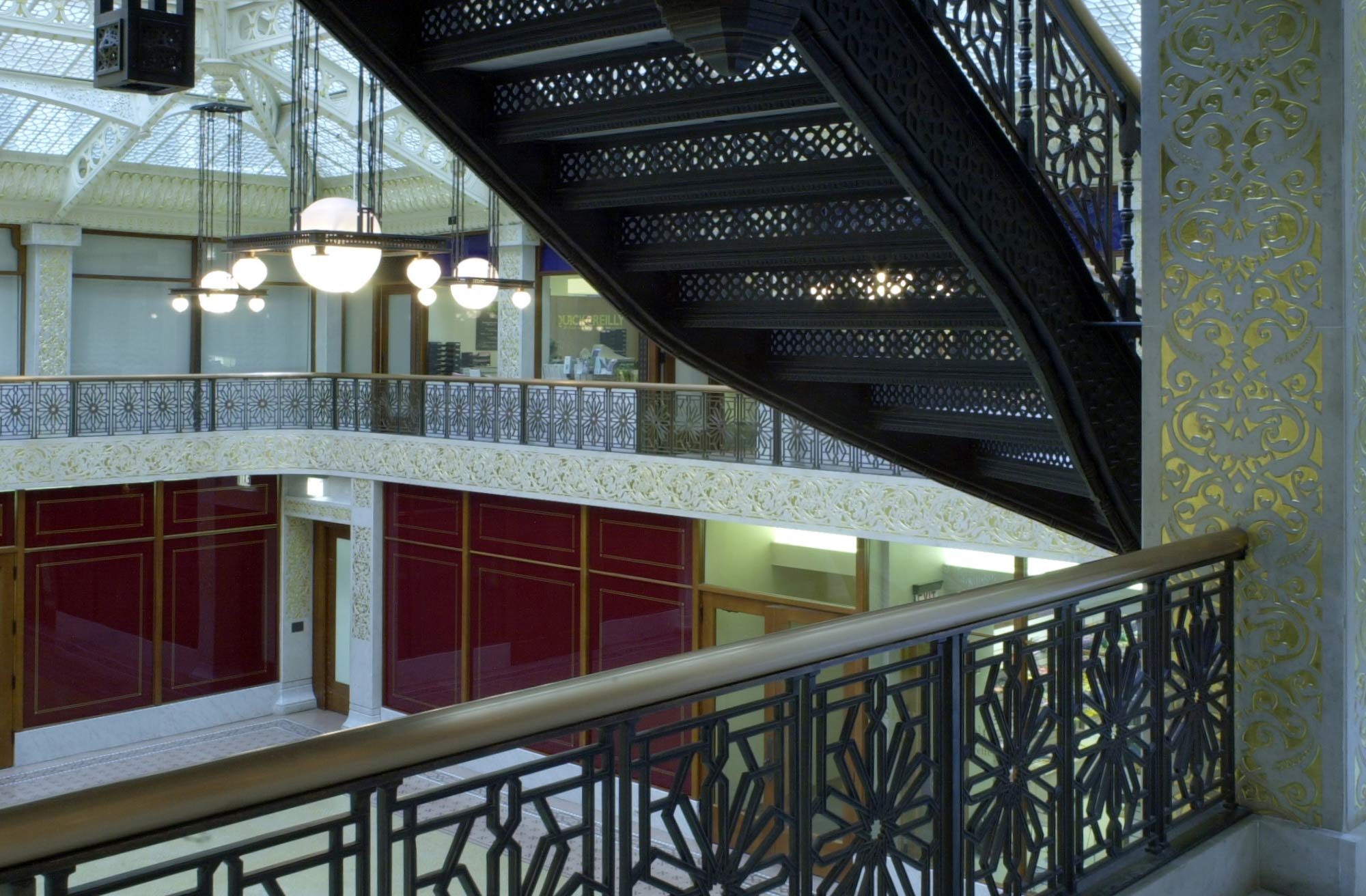 Rookery Building - interior lobby mezzanine