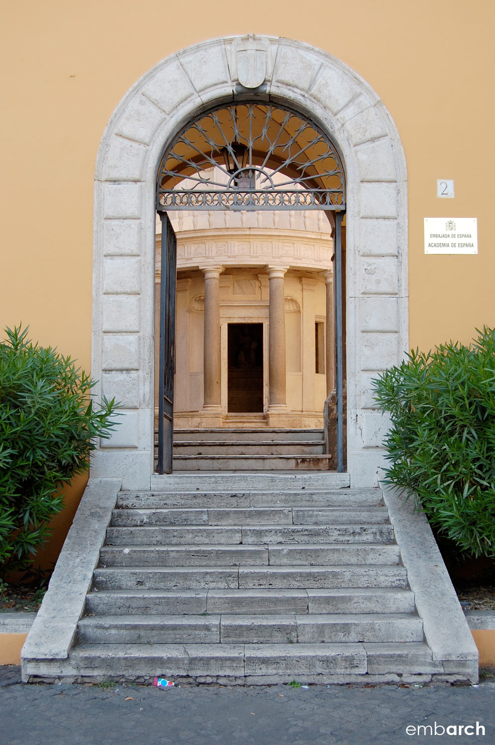 Tempietto - exterior view from the street