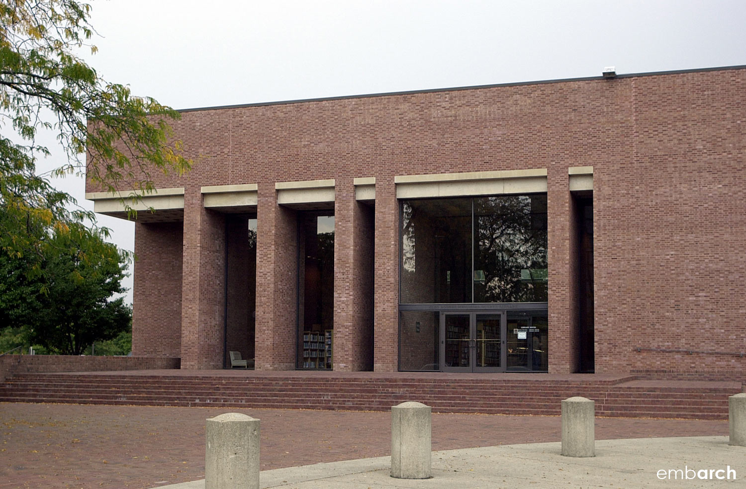 Cleo Rodgers Memorial Library - exterior