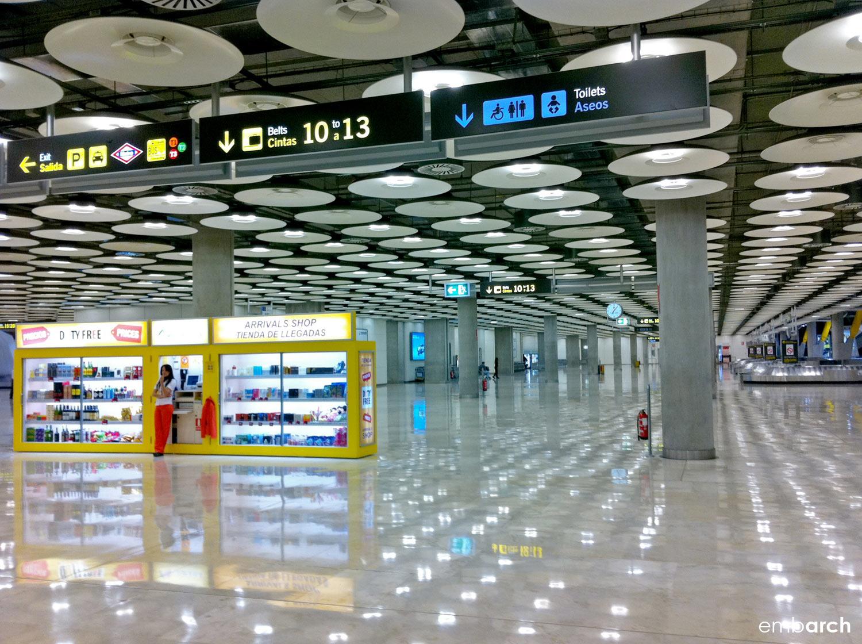 Madrid-Barajas Airport - interior