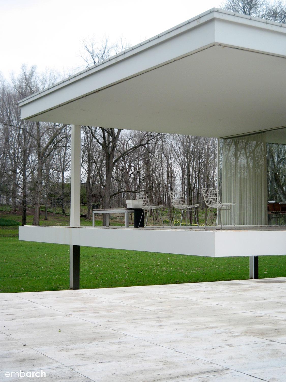 Farnsworth House - exterior