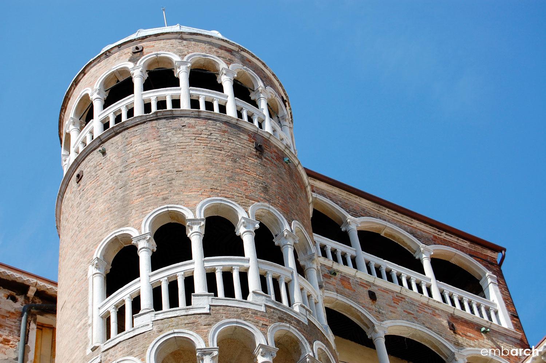 Palazzo Contarini del Bovolo - exterior staircase detail