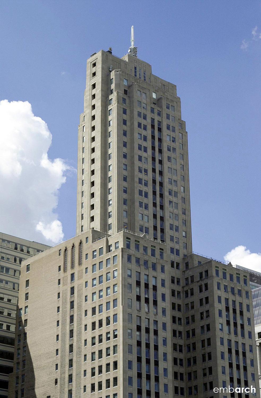 Lasalle Wacker Building - exterior