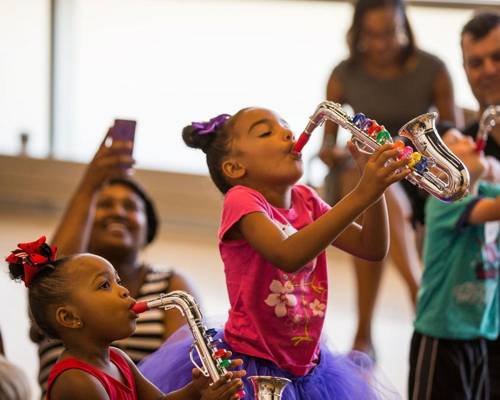 Webop - An early childhood education program inviting families to stomp, strut and swing to the rhythms of jazz.