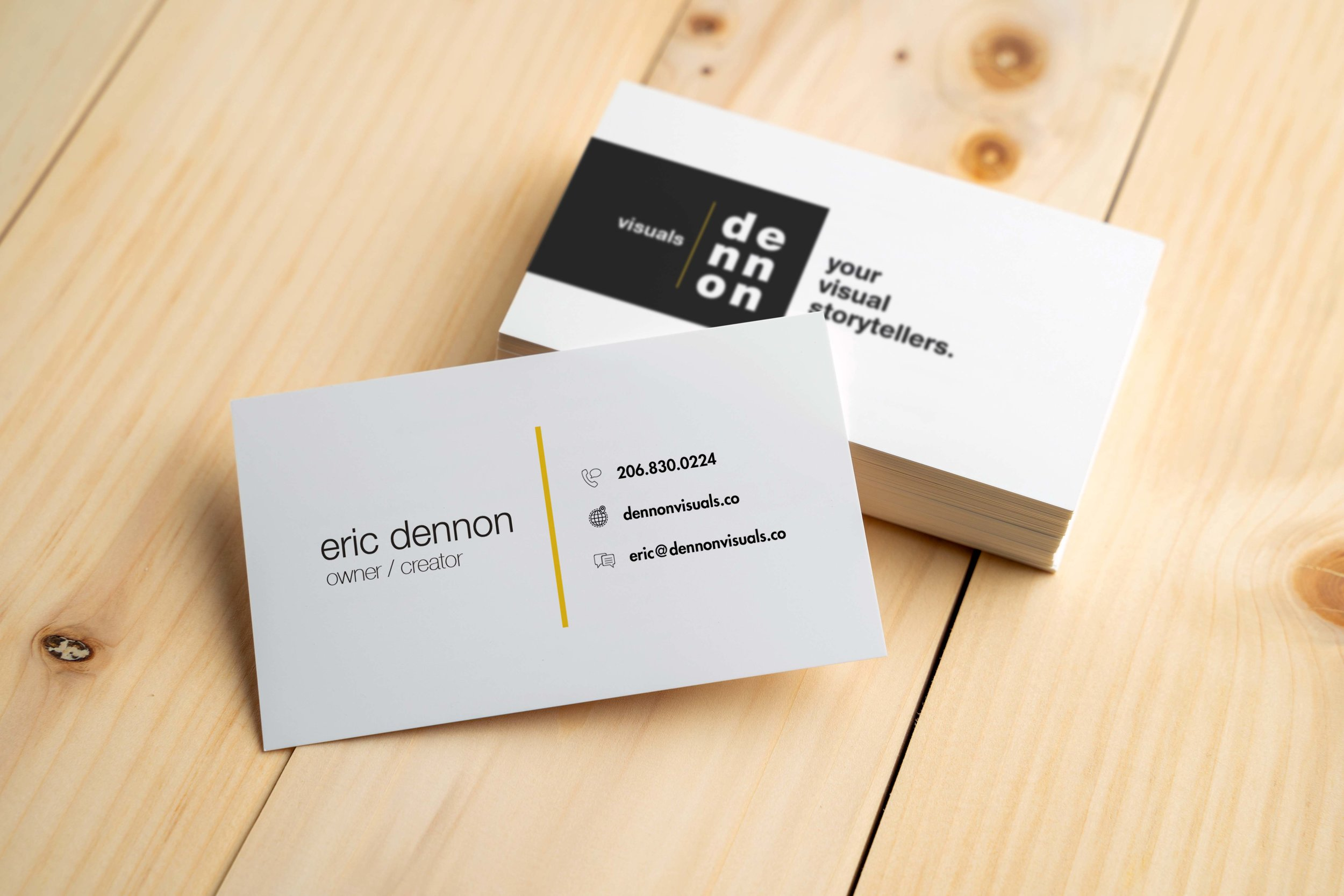 Dennon_Business_Cards_Mokcup.jpg