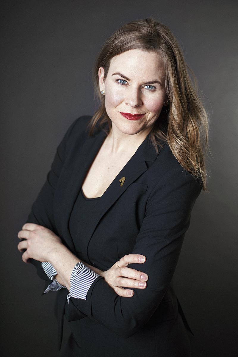 AliciaHoogveld_JuliaPenner_Portrait_Corporate_2017