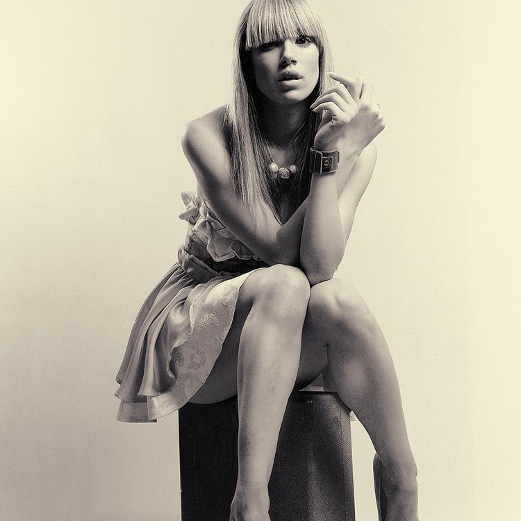 Alicia Hoogveld Sanja Bestic YYC 2012 Portrait Studio