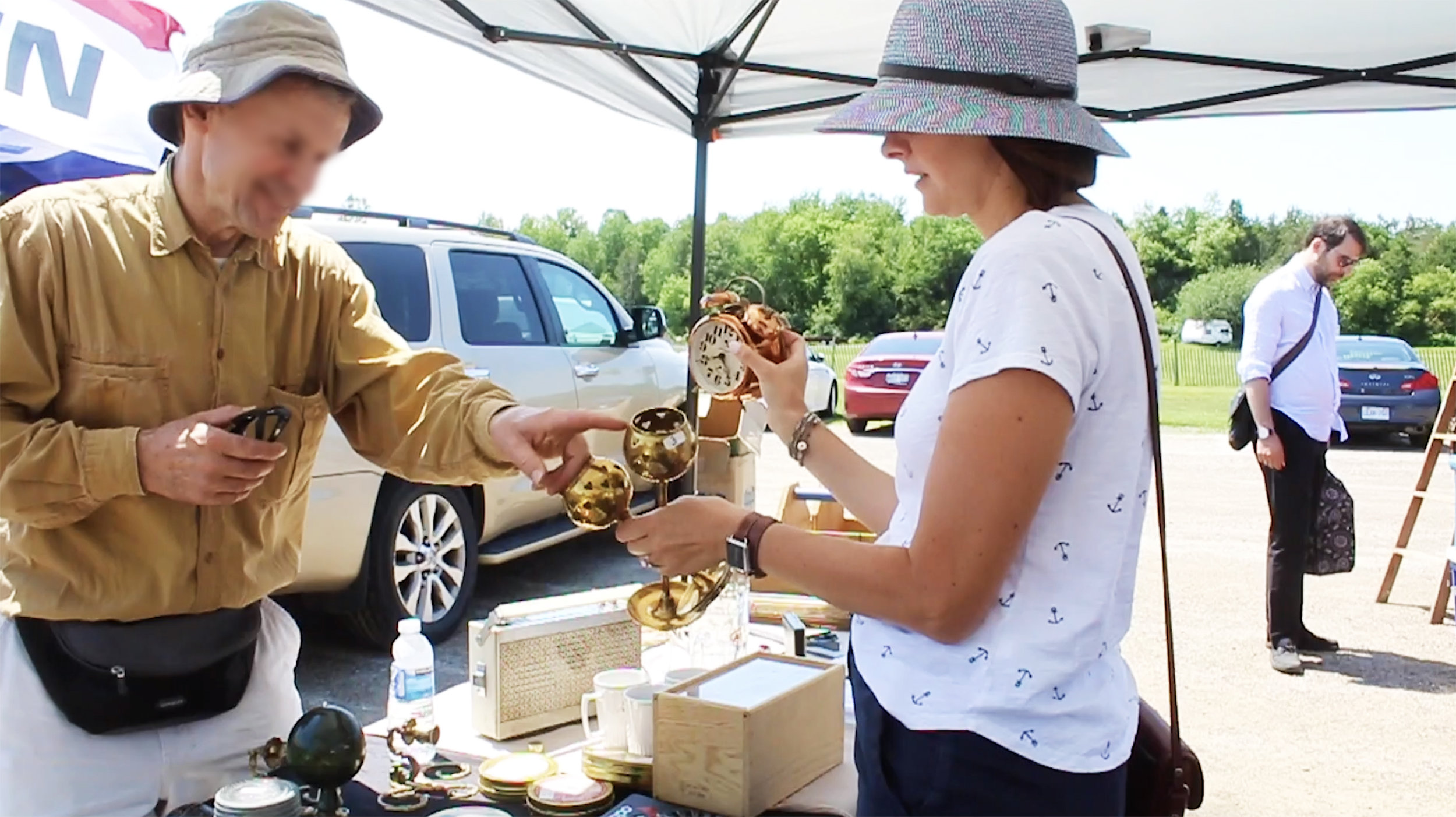 How to shop antique markets - negotiate prices