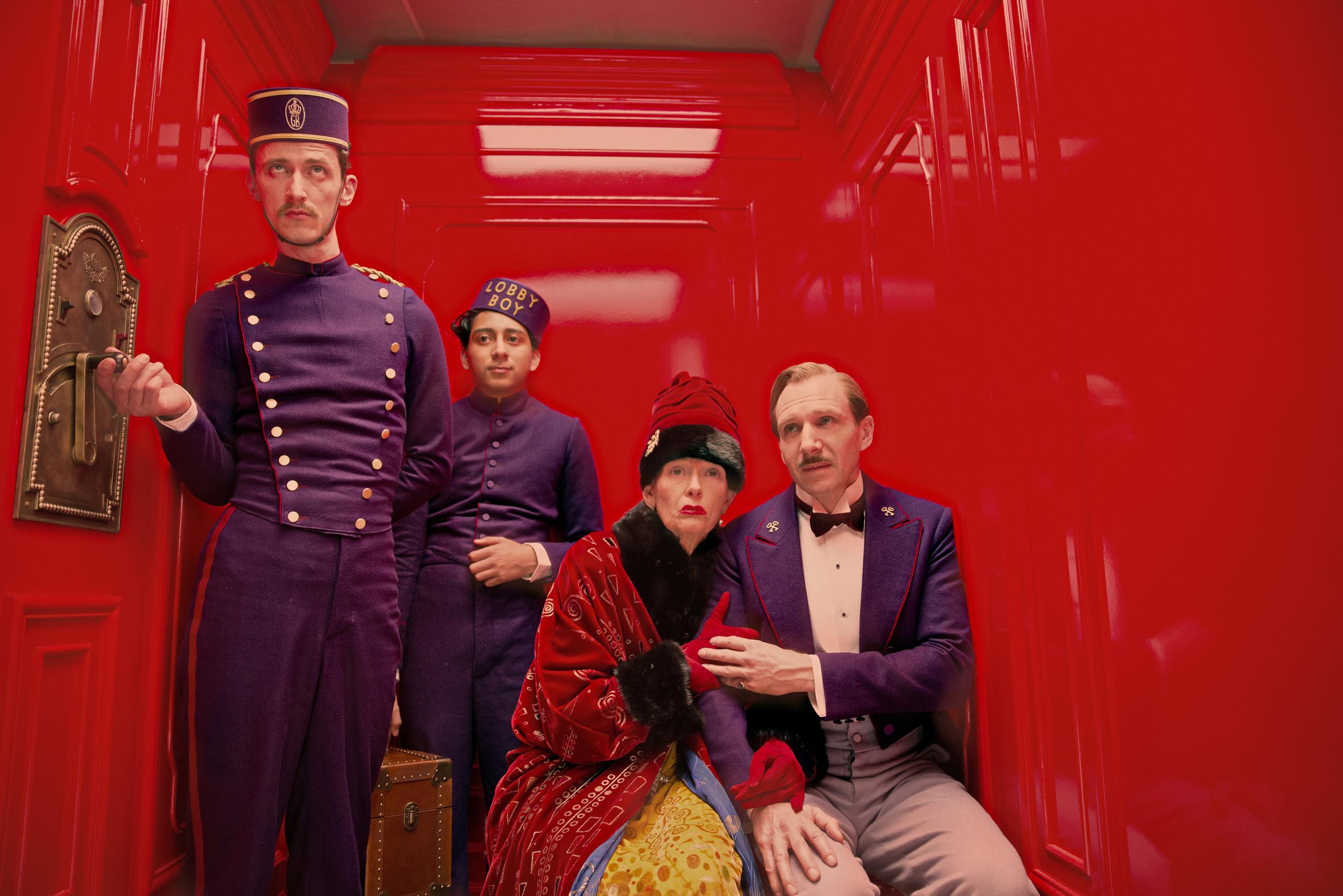 The Grand Budapest HotelRegisseurs/Director: Wes AndersonsDarsteller/Cast: Paul Schlase (Igor), Tony Revolori (Zero Moustafa), Tilda Swinton (Madame D.), Ralph Fiennes (M. Gustave)