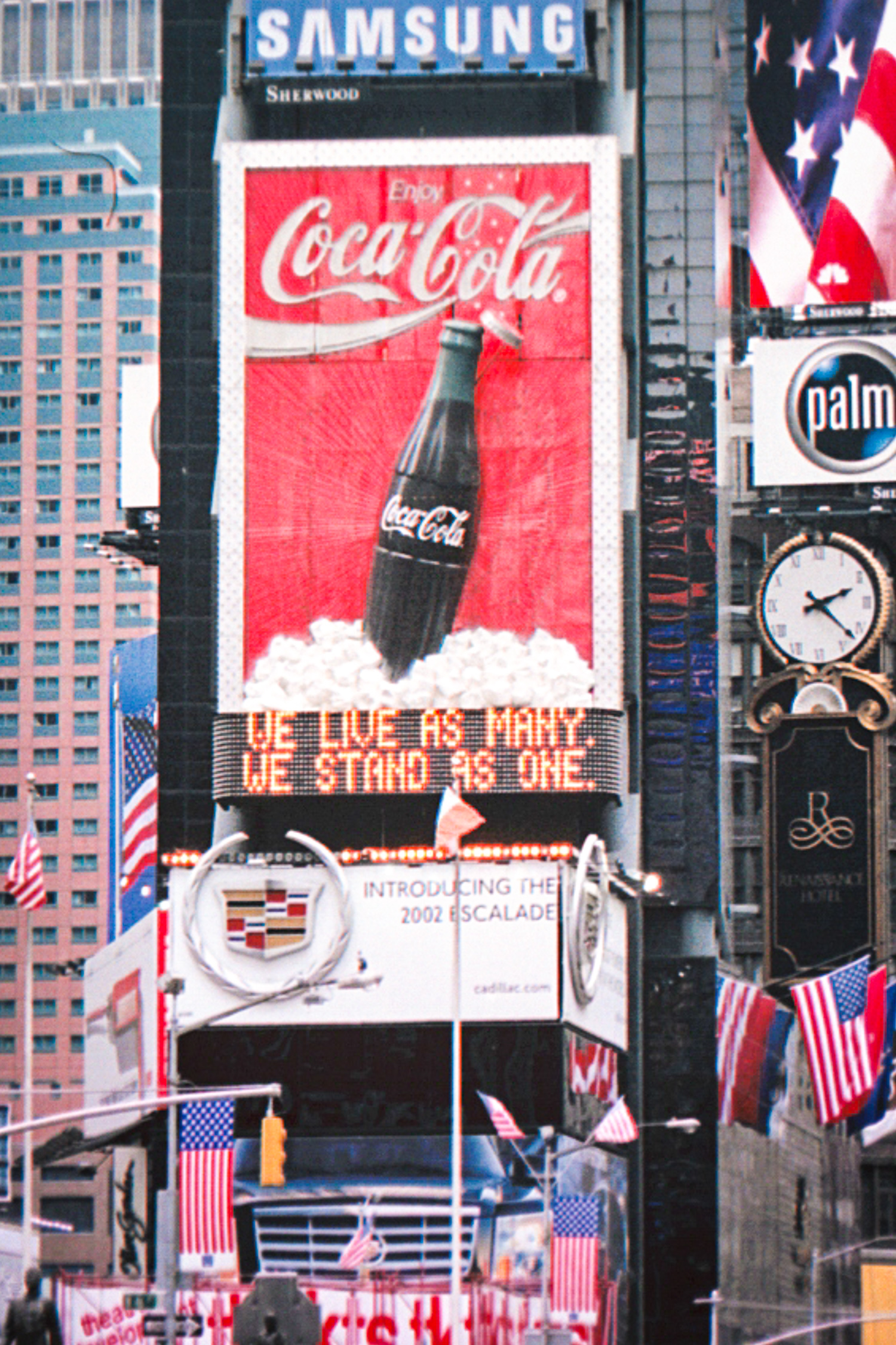 20011015 - NY One Month After (1500) -1.jpg