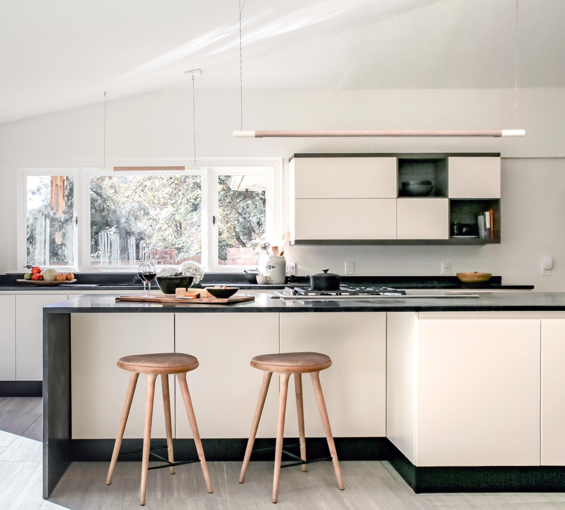 Hendricks+Interiors+-+Potomoc+Kitchen-Amanda+Archibald+%40fotosynthesis+1.jpg