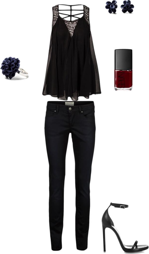 Women's Classic Black Outfit Inspiration {Oklahoma City Portrait Photographer}