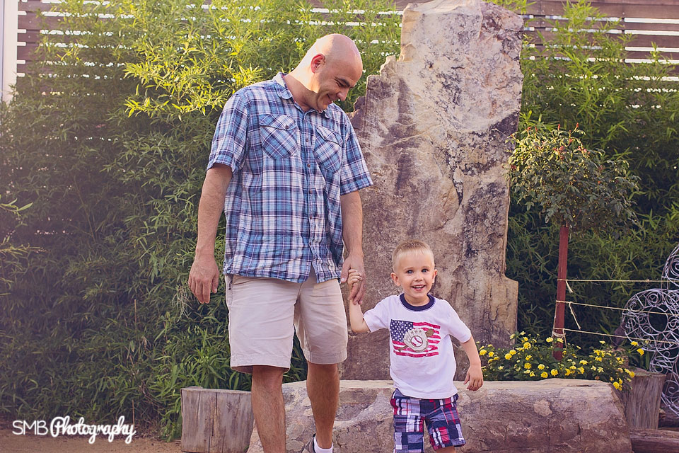 Lifestyle Family Portraits Dad & Son {SMB Photography}