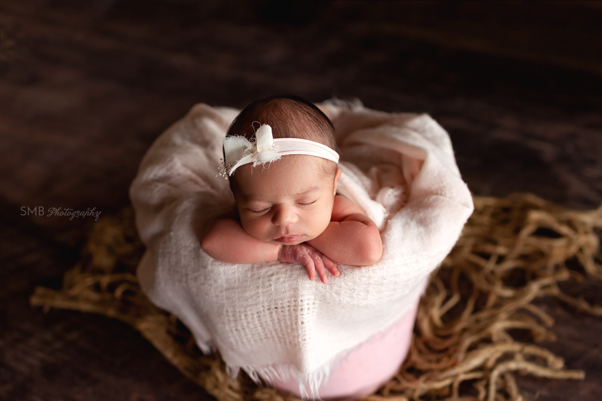 Baby girl wearing bow