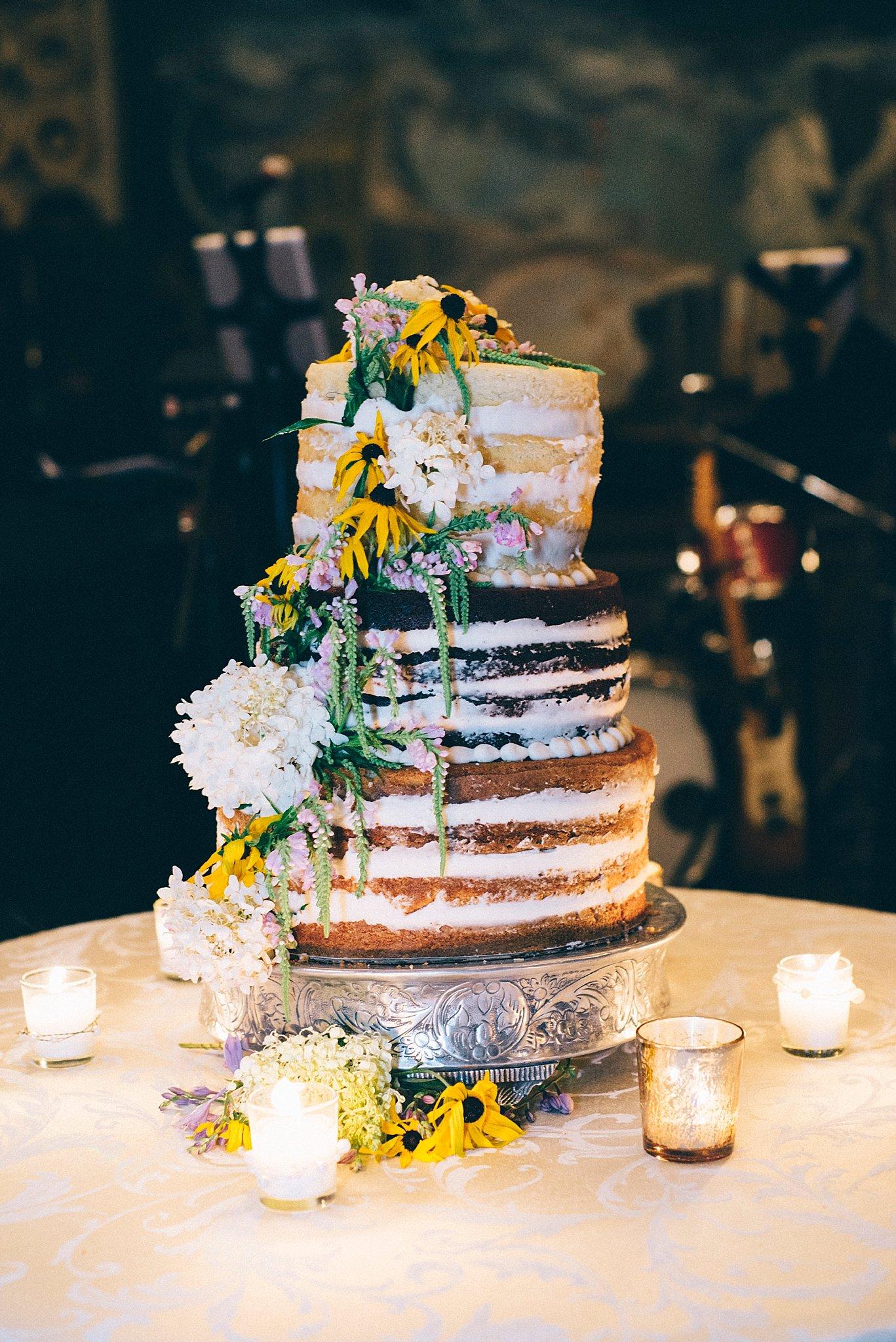 Wedding cake- rustic