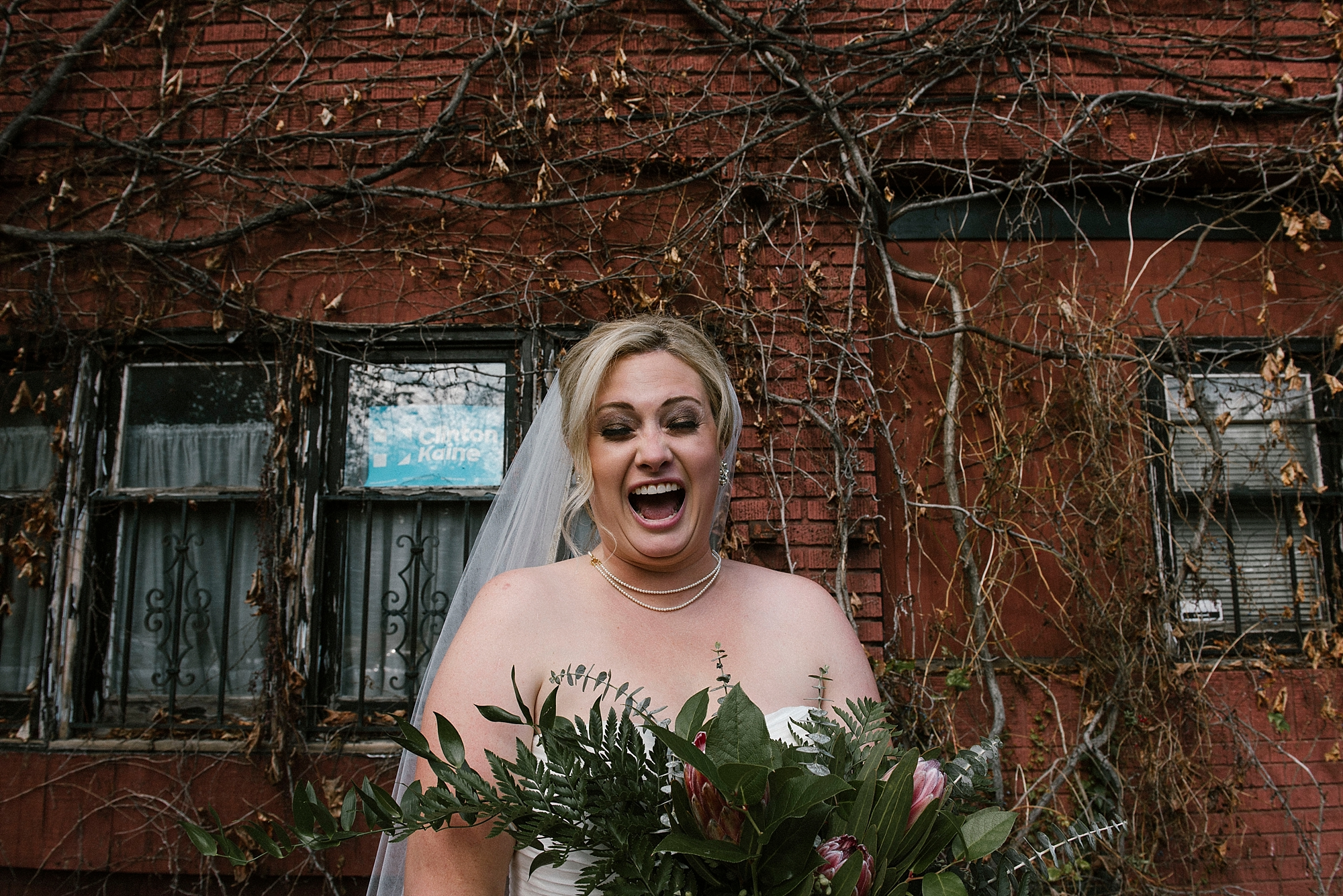 Happy fun bride by Sandrachile photographer Pittsburgh
