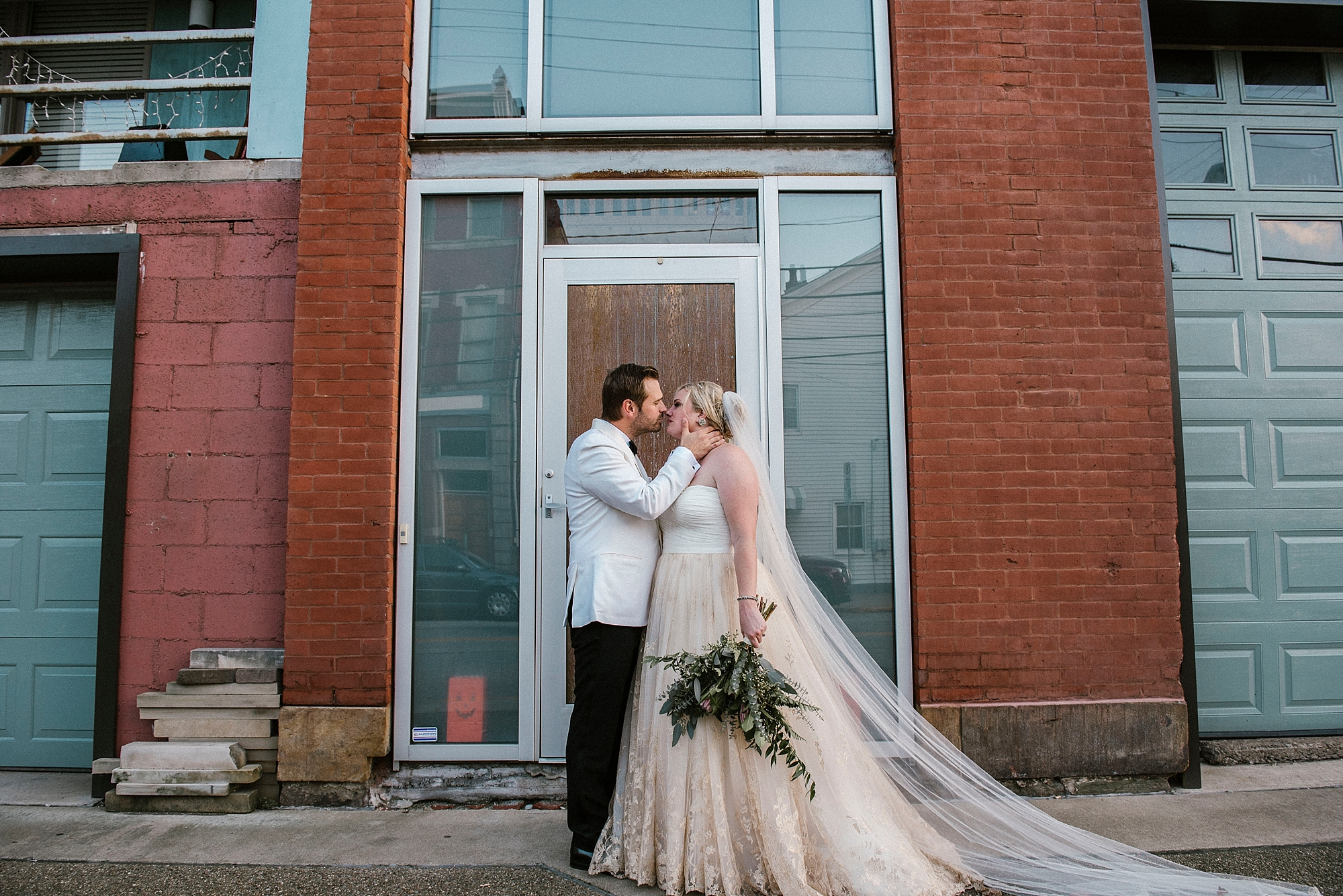 Pittsburgh modern non traditional wedding photographer