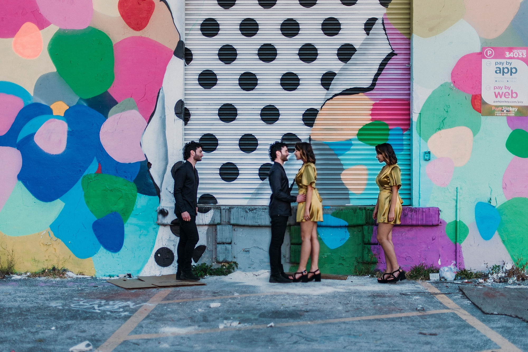 murals engagement session