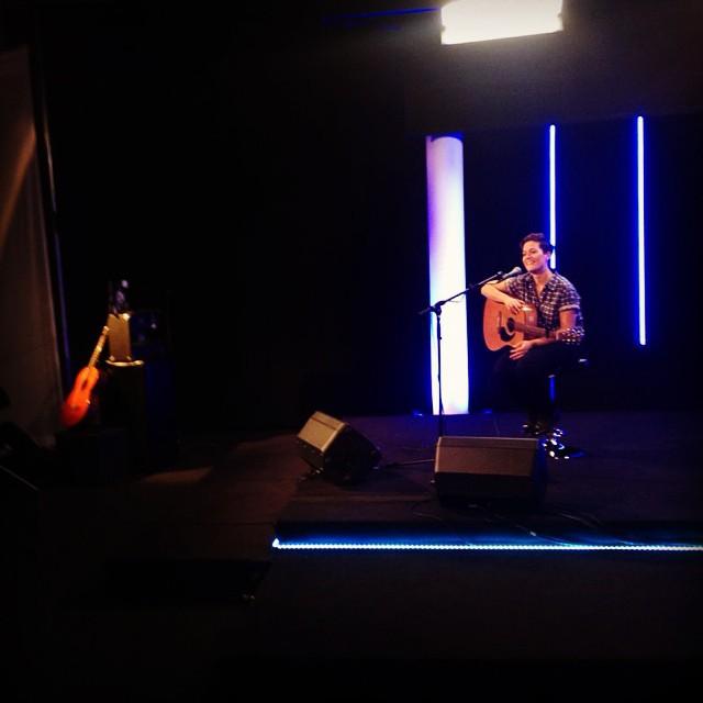 A la télé hier pour promouvoir  mon concert/création  au Bourg le 24 octobre // diffusion mardi 21 !