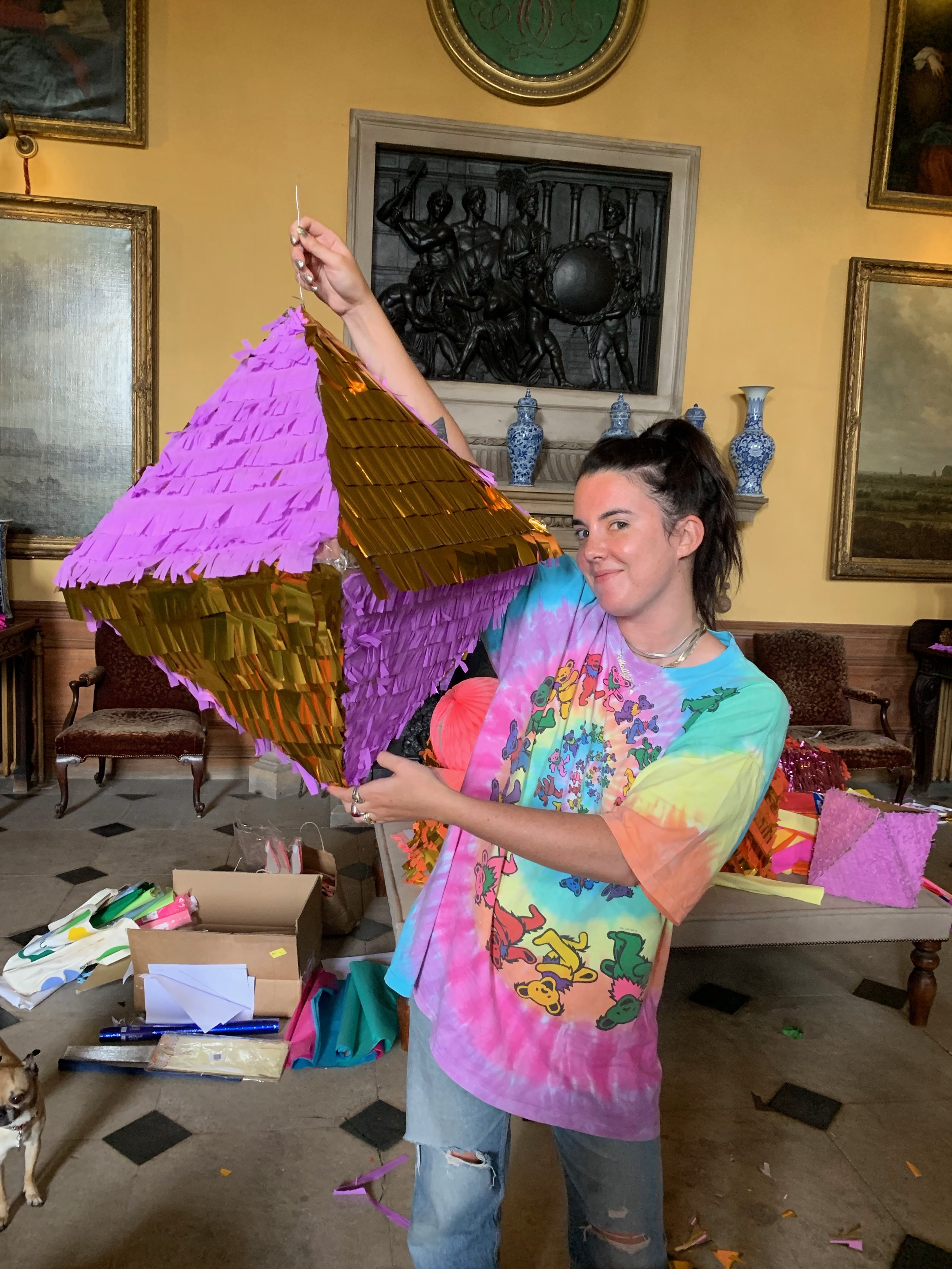 GROUP PIÑATA WORKSHOPS - Enjoy a meditative and relaxing time making piñatas together with your family or work colleagues. This Mexican tradition will bring color to any party! Book your private group session by emailing us at info@studiocruz.co.uk.