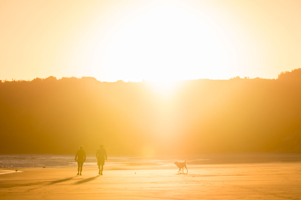 SCENIC_SunsetBeach_002.jpg