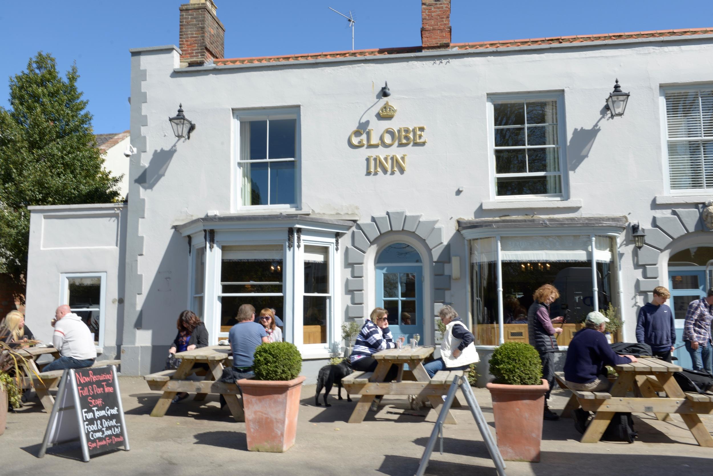 The Globe Inn-0846 r.jpg