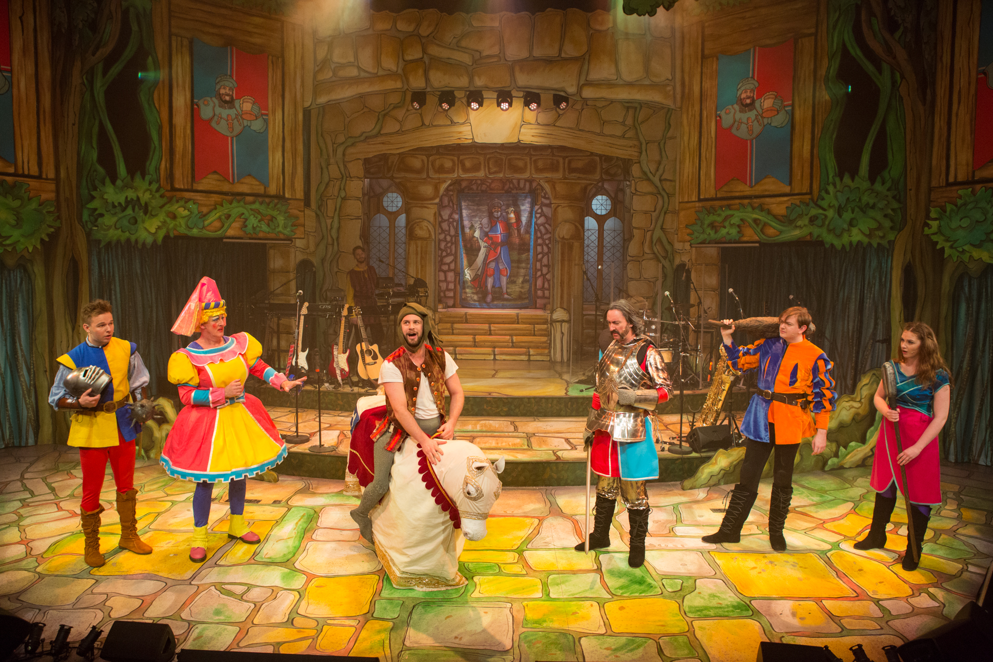 The Sword In The Stone at the New Wolsey Theatre Ipswich. Photo Mike Kwasniak 2.jpg