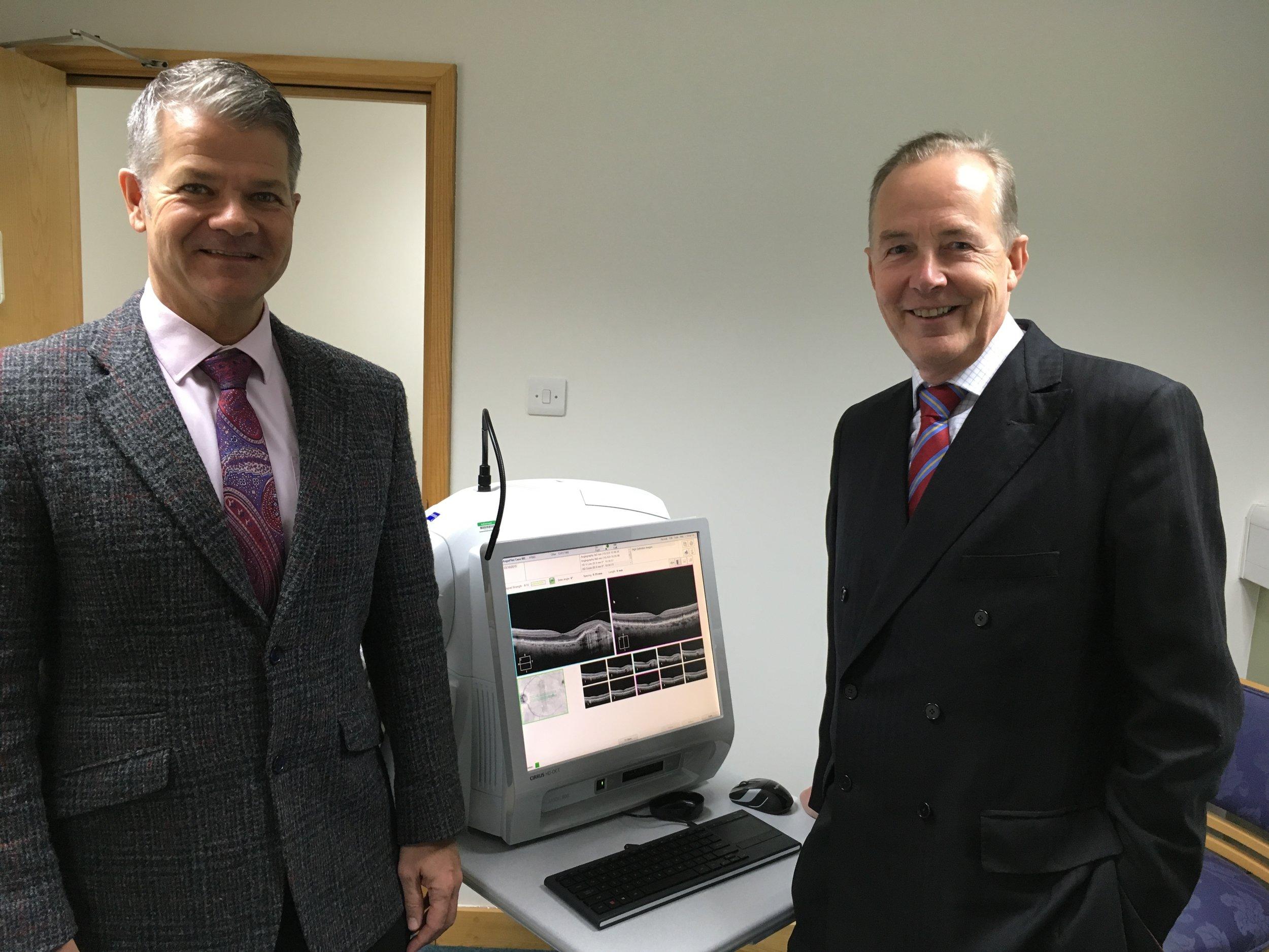 Ian Milne and Simon Hardman-Lea new OCT machine 2.jpeg