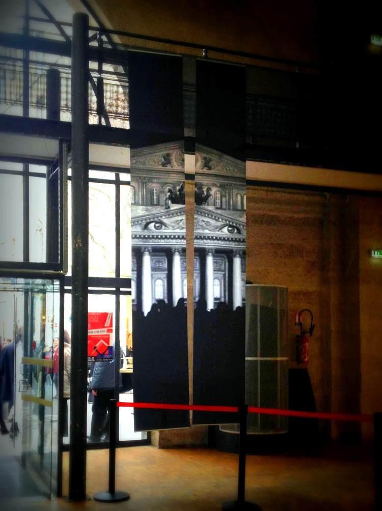 Blancs Manteaux salon de la litterature russe Paris Marie de La Ville bauge installation (3).jpg