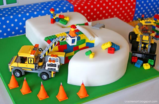 Photo credit: www.crackersart.blogspot.com