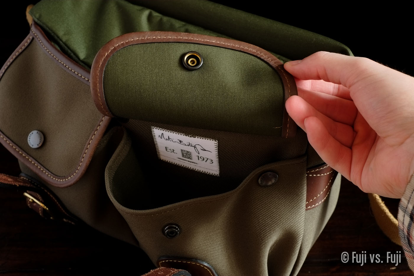 Two useful, expandable front pouches