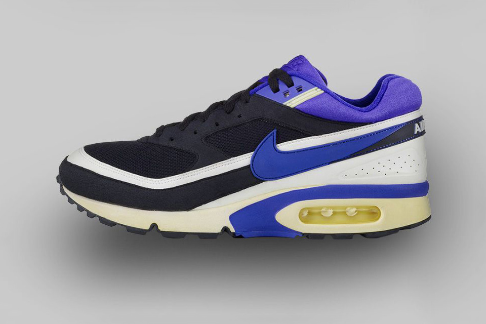 AIR MAX BW (1991) Big window. Bigger impact. The AM BW delivered more visibility, more padding and more Air than ever before.
