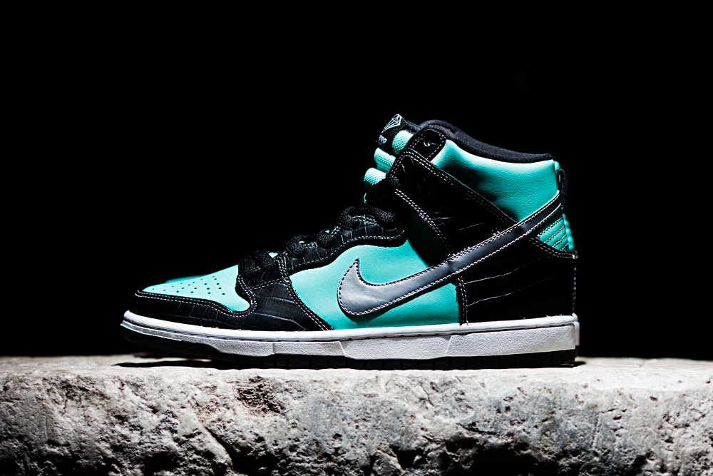 "Diamond Supply Co x Nike SB Dunk High ""Tiffany"""