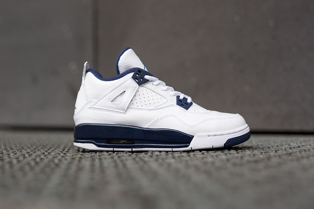 "Air Jordan 4 Retro ""Columbia"""