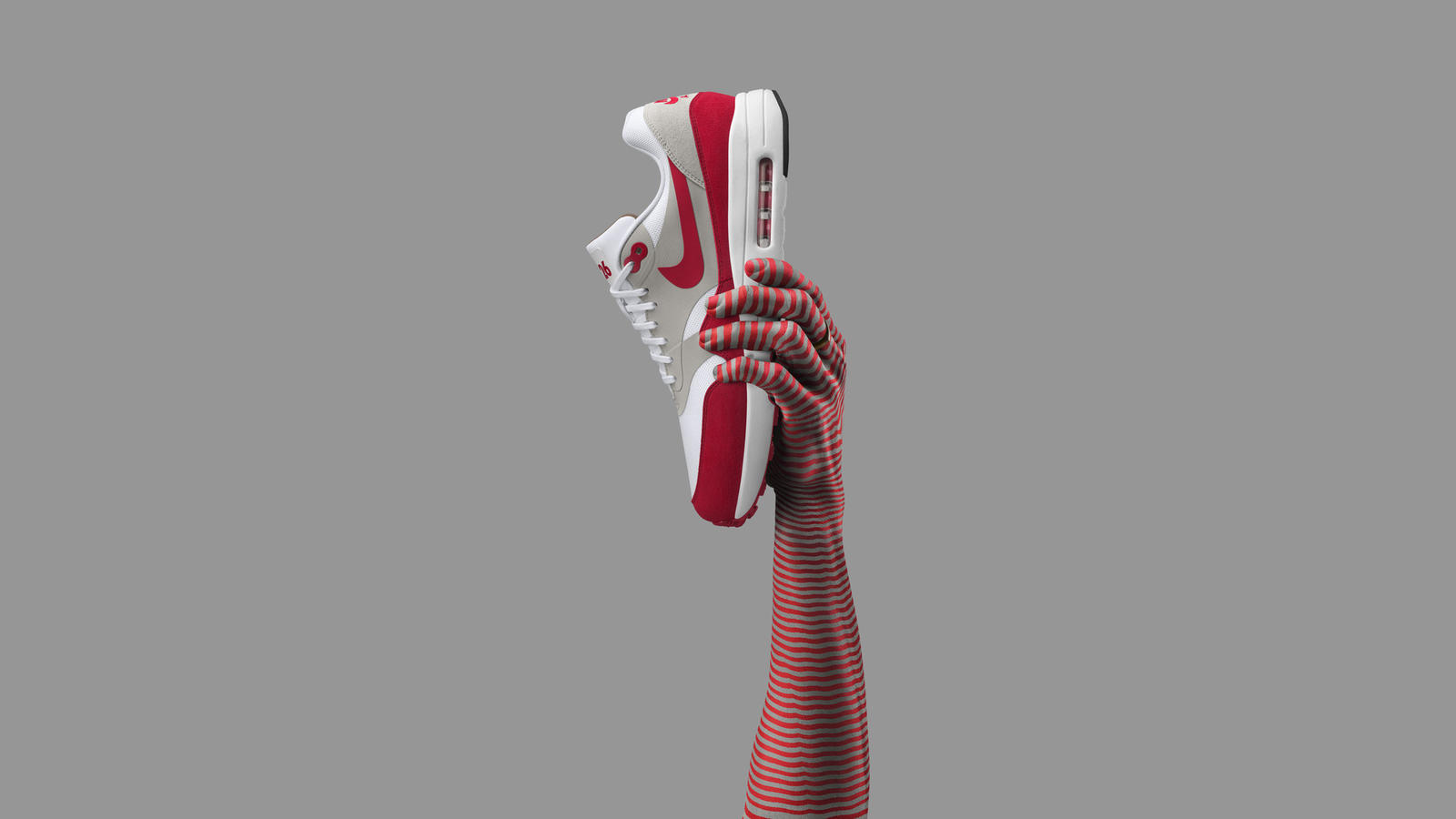 """To celebrate 30 years of Air Max 1, the Air Max 1 Ultra 2.0 arrives. Recognized as the most innovative Air Max 1 to date, cored-out ultra-tooling helps make it one of the lightest Air Max models ever. The """"3.26"""" placed on the tongue marks the anniversary of the original."""