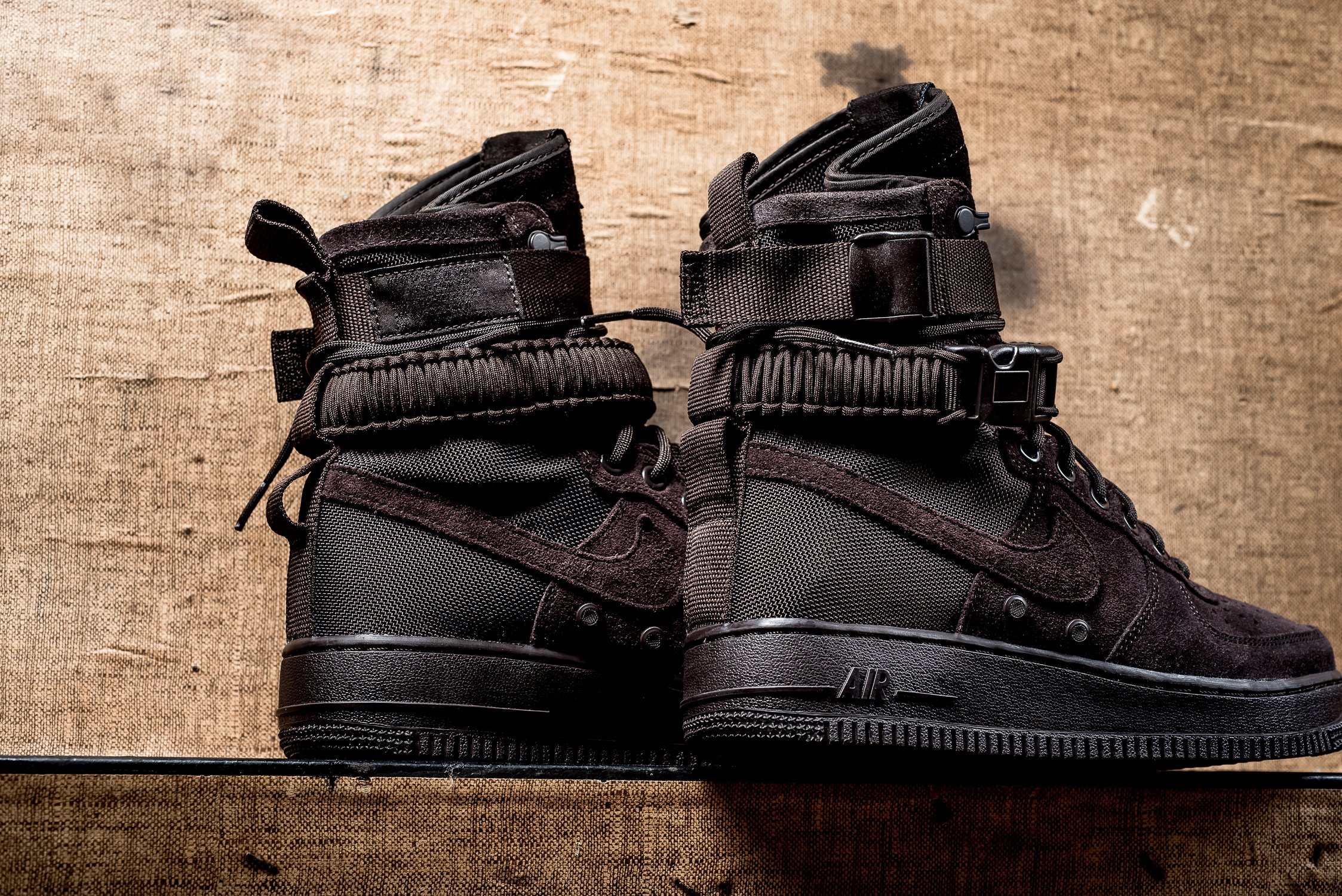Nike_SF_AF1_brown_maroon_sneaker_politics_hypebeast_11.jpg