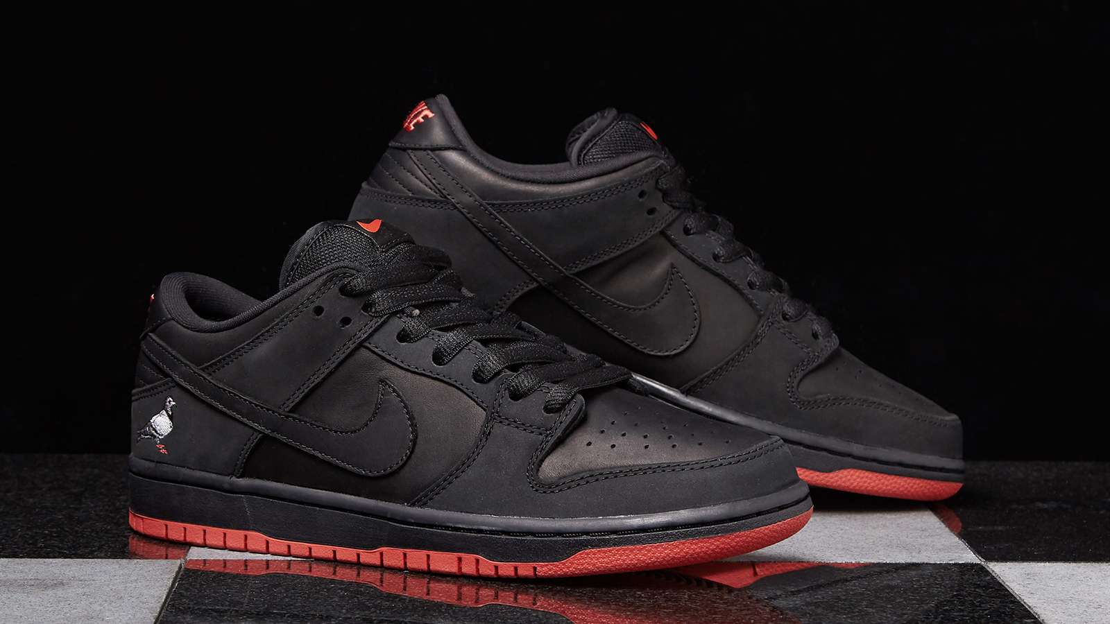 Nike-SB-Staple-Dunk-Pigeon-Hero.jpg
