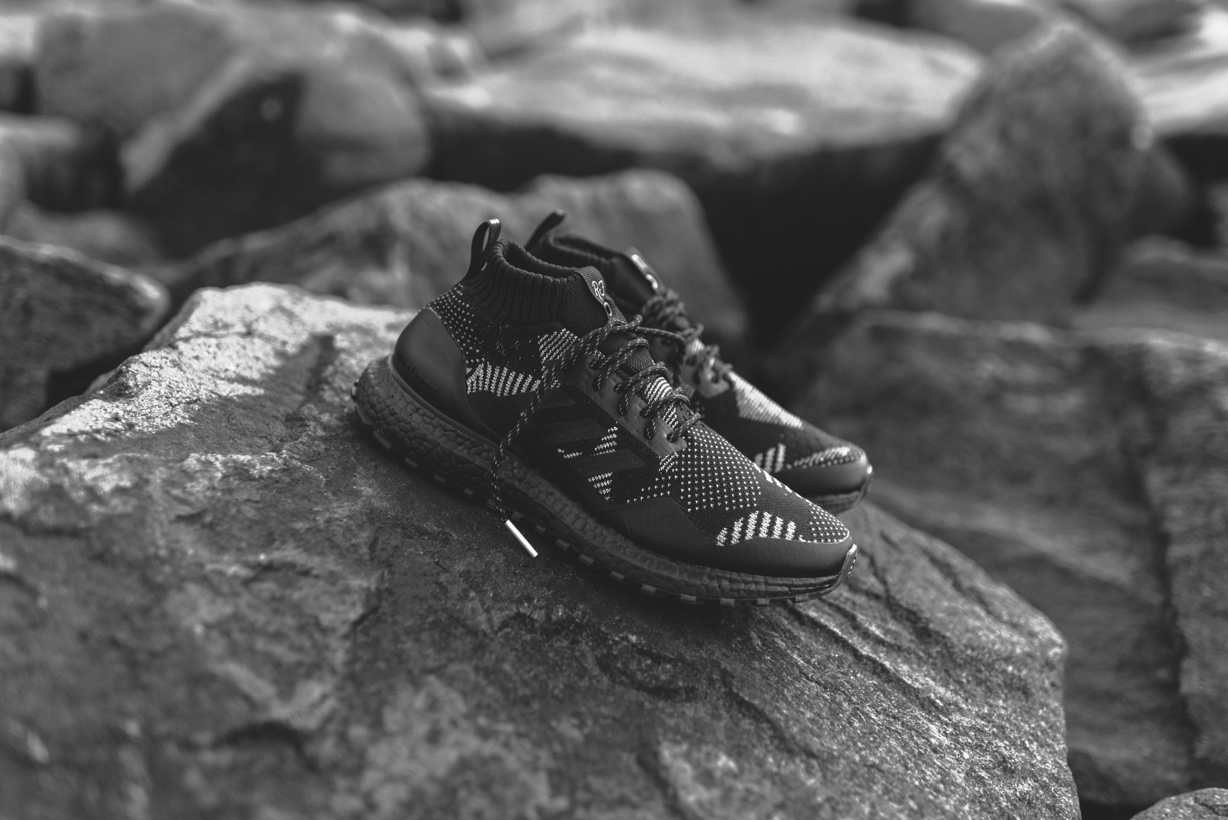 436a62d0 2_a2276302-a00b-439f-81a5-bff659b9b5d6.jpg. This release marks the second  iteration of the UltraBOOST Mid Kith ...