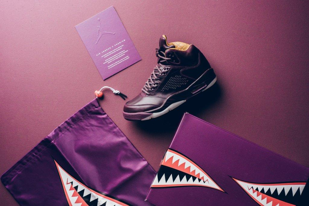 Air_JOrdan_5_retro_Premium_bordeaux_881432_612_sneaker_politics_13.jpg