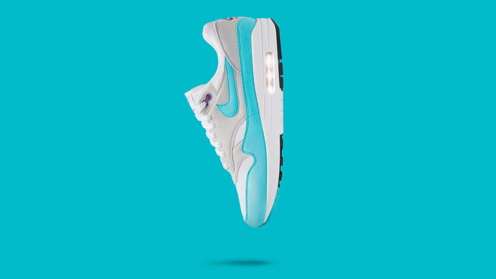 Nike-AM1-Aqua-White-Hero.jpg