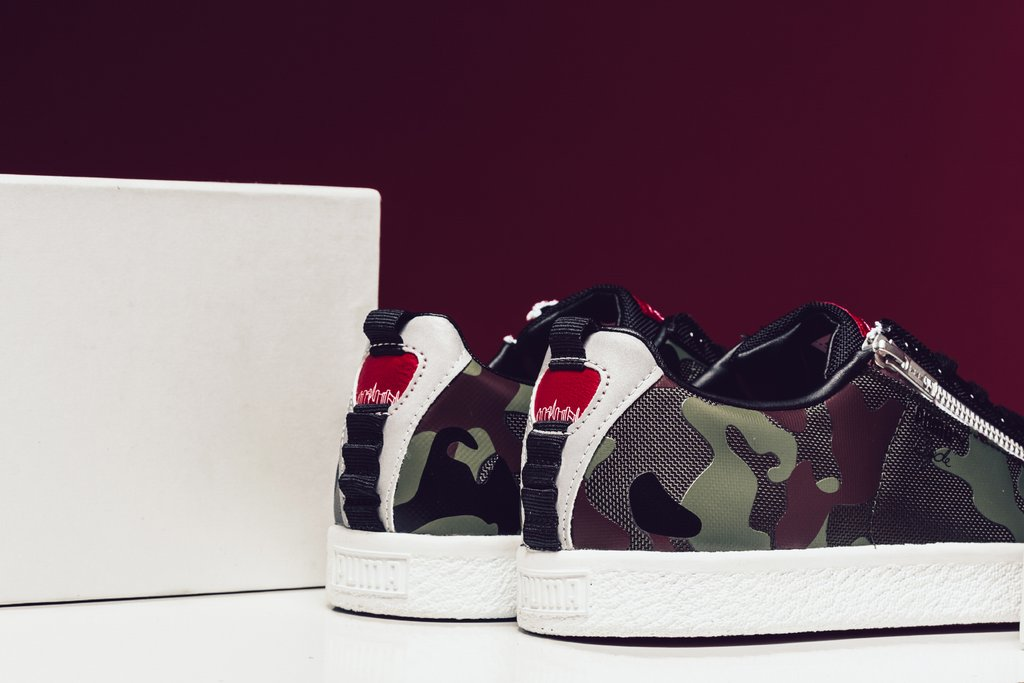 Puma_x_Manhattan_Portage_Clyde_Zip_-_Burnt_Olive_-_366186-02_Clyde_Sock_-_High_Risk_Red_-_366185-02_-Feature-_LV-4015_1024x1024.jpg
