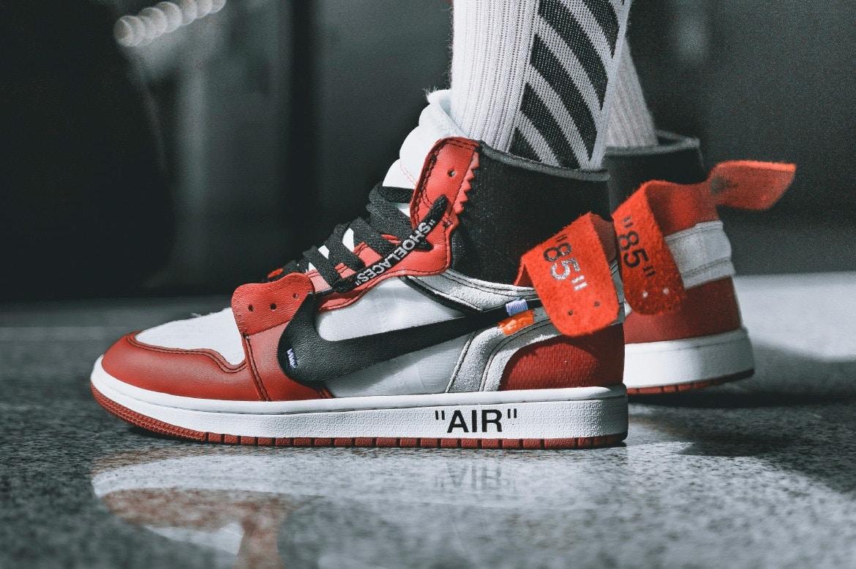 OFF-WHITE x Nike Air Jordan 1