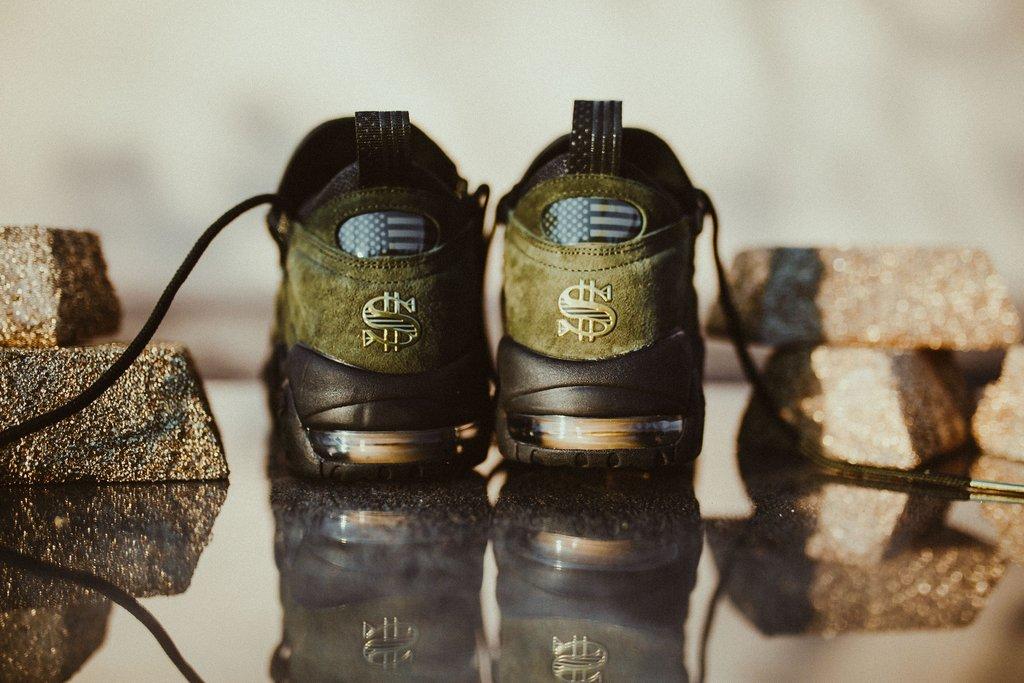 Nike-AirMoreMoneyQS-SequoiaMetallicGoldBlack_4_1024x1024.jpg